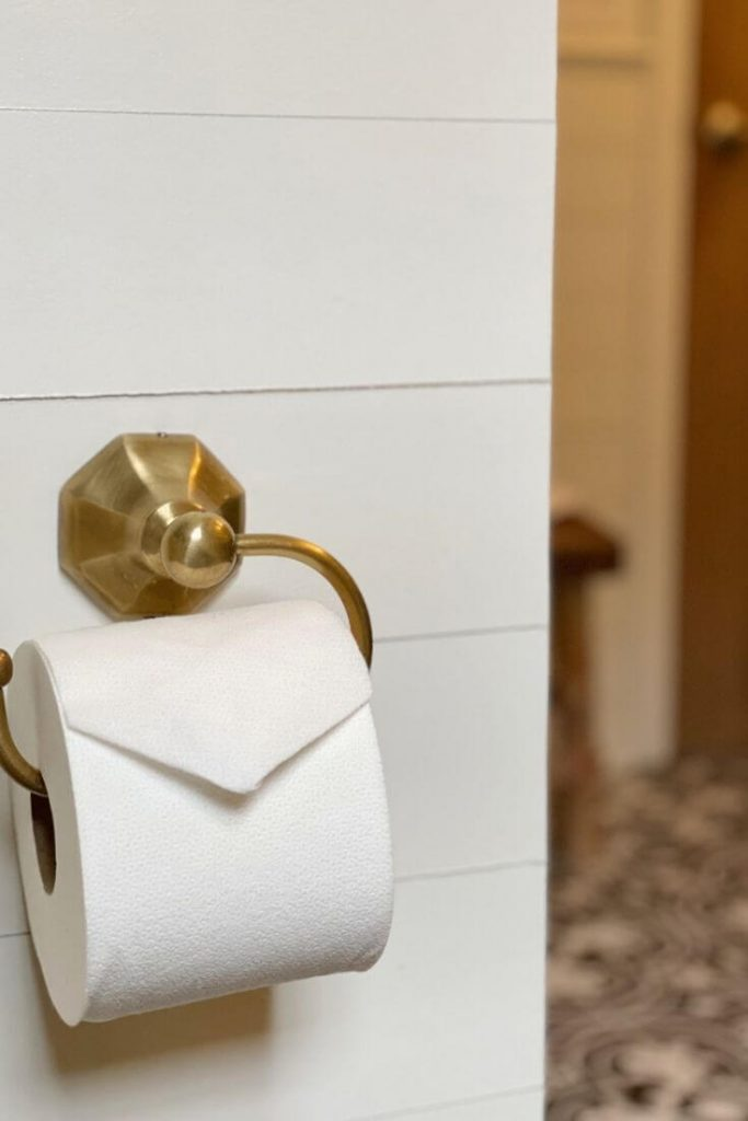 Brass circlet toilet paper holder from Anthropologie